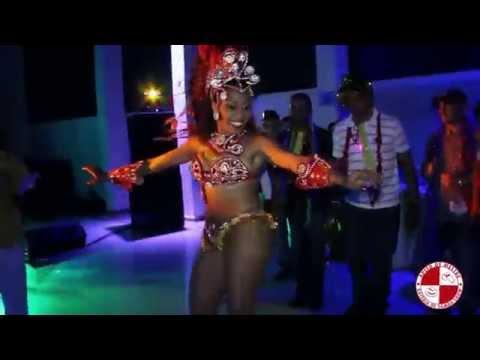 Show de Mulatas e Bateria de Escola de Samba em Evento Corporativo