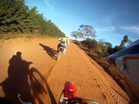 trilha moto colina ttr 230 brinca com crf 230 velocidade maxima top speed