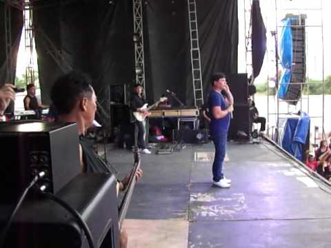 RONNYFRANKLIN  GRAFITHEIRO BANDA GRAFITH EM LAJES DO CABUGI 09-07-2011 (2).MP4