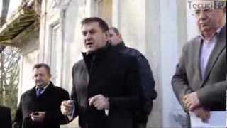 Tecuci - Întâlnirea primarului Ţuchel cu protestatarii din Spitalul Tecuci