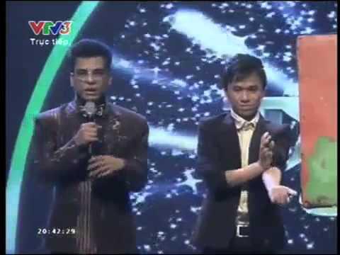 Phạm Hồng Minh vẽ Huy Tuấn bằng lửa - Bán kết 3 Vietnam's got talent 2013