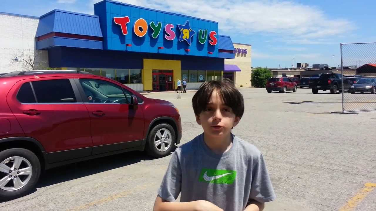 Max Steel Toys R Us : Beyblade hunting toy r us st catharines june th