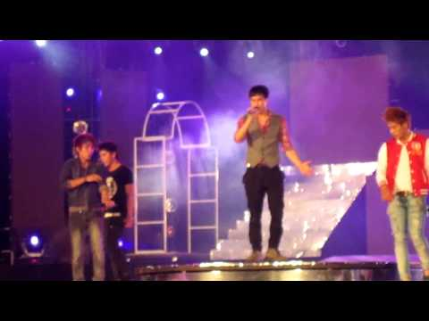 I say (La Thang tong duyet H2T concert 2011 Ha Noi)-2