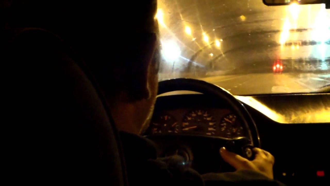 Șofer de taxi la telefon cu semințe. Tbilisi #Georgia