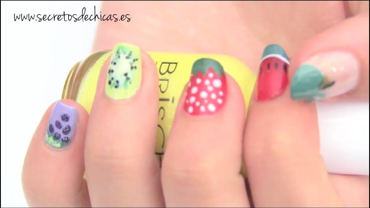 Uñas pintadas | Entre esmaltes de uñas, colores y trucos