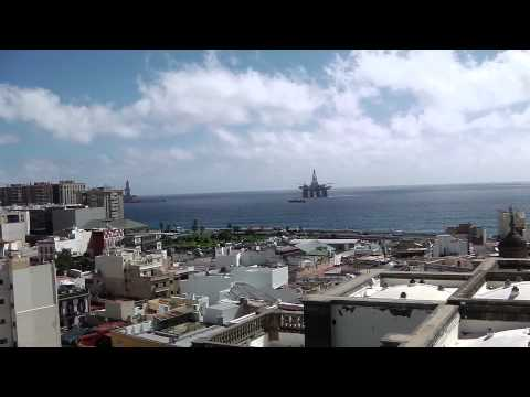 Oil Drilling Platform approaching Las Palmas Harbour, Gran Can