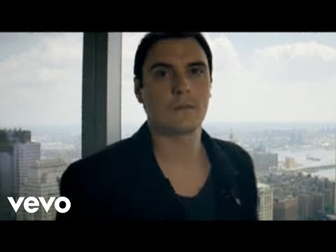 Breaking Benjamin - I Will Not Bow online metal music video by BREAKING BENJAMIN
