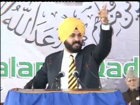 Mr. Navjot Singh Sidhu (Cricketer) at Ahmadiyya Muslim Convention in Qadian India