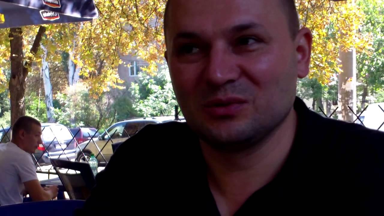 Polițistul ca o matahală a plătit şi pentru avocatul lui Brega
