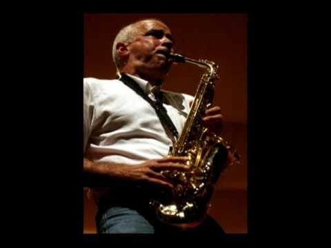 1er movimiento (Allegro moderato) del Concierto para saxofón de Bienvenido Bustamante
