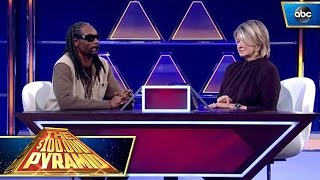 "Martha Stewart and Snoop's ""Highly"" Fun Practice Round"