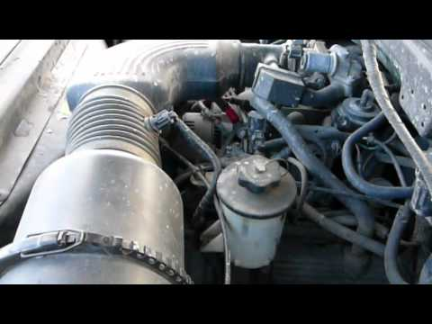 1998 Ford V8    Engine    46L Triton start up P1060065  YouTube