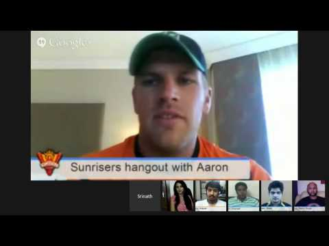 Aaron talks about coach Tom Moody.| Aaron Finch | #SunRisersHangout
