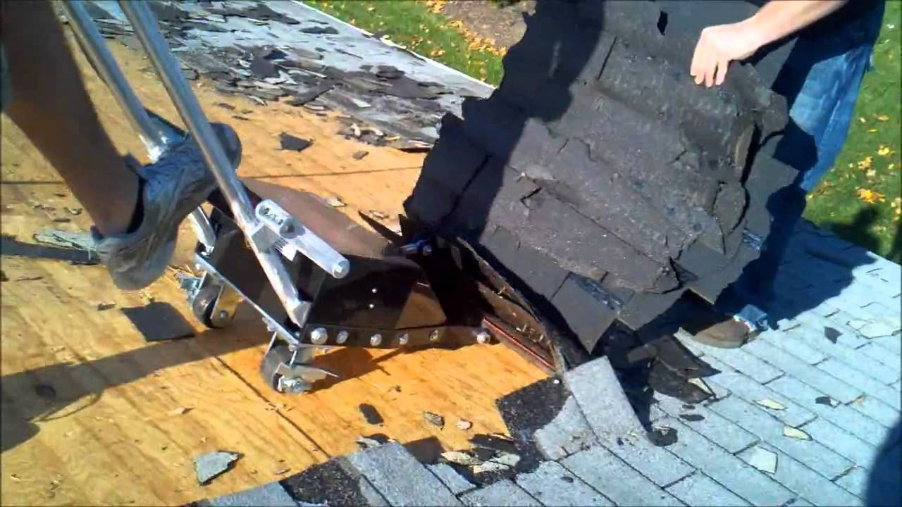 Pneumatic Powered Roof Shingle Removal Tool Tears Off The