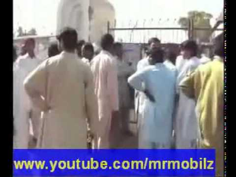 Adam khor insan. Men eat Dead Bodies, Murda Khor in Darya Khan (Bhakkar) 5 - YouTube.flv
