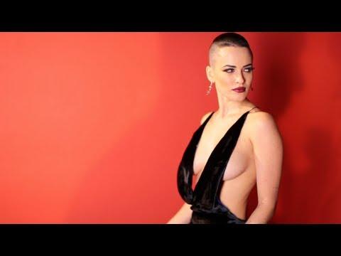 Смотреть клип NikitA (Никита) - Синее Платье