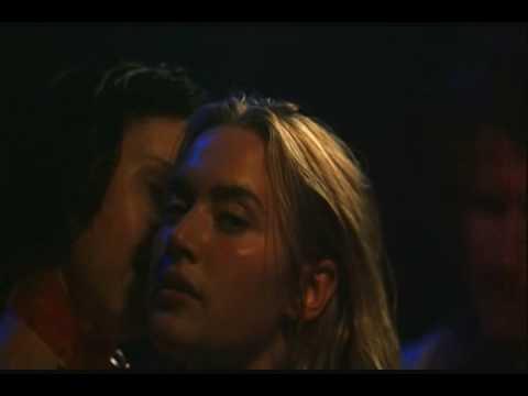 Kate Winslet At A Pub - Holy Smoke - Jane Campion