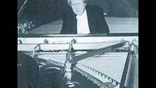 Grigory Sokolov plays Rameau's L'Egyptienne live view on youtube.com tube online.