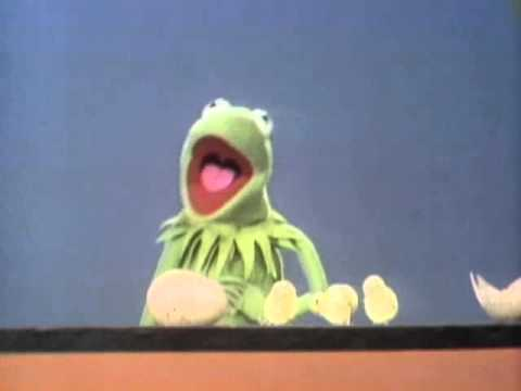 Classic Sesame Street - Kermit counts eggs...