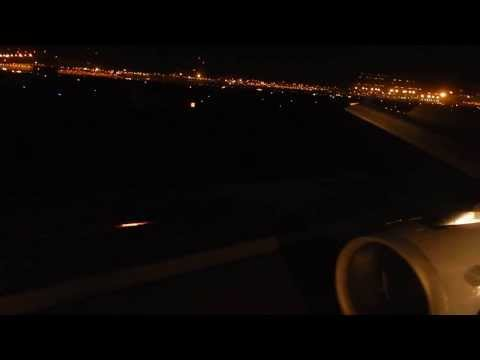 United Airlines Airbus A-320 Landing into Phoenix Sky Harbor Intl. Airport (PHX),1st Class,Seat 1F.
