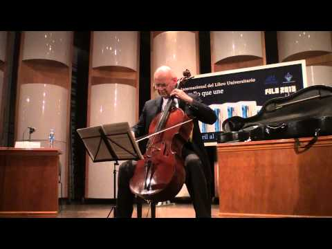 Carlos Prieto interpreta a Bach