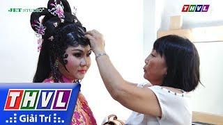 THVL | Sao Nối Ngôi 2017: Mẹ Lê Nguyễn Trường Giang chăm sóc tận tụy cho con qua từng đêm thi