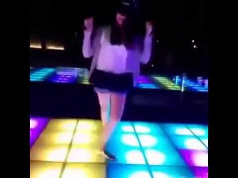 Em gái nhảy au cực chất..