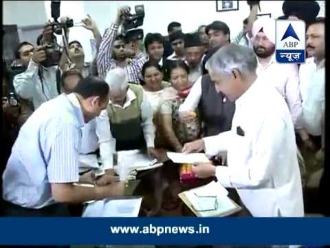 Pawan Kumar Bansal files nomination in Chandigarh