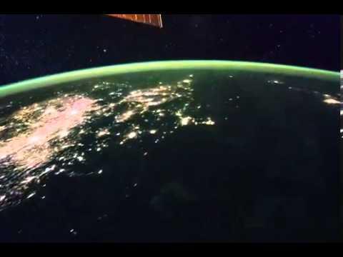 Video quay từ trạm không gian, từ Bangkok lên biển Bắc Thái Bình Dương