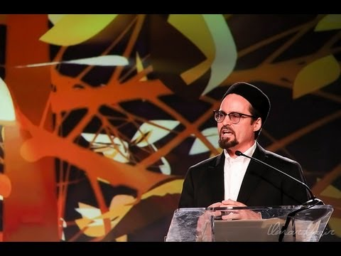 Connecting Faith and Service - Shaykh Hamza Yusuf