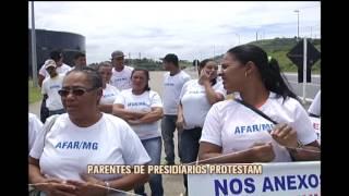Parentes de presidi�rios protestam em Contagem