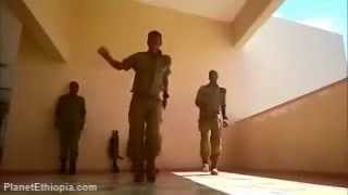 Young Ethiopian Israeli Soldiers Sweetening The Boring Days of Service With Cool DUBSTEP Moves!