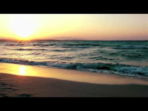 Bossa Nova Jazz Music: Close To You (Tropical Beach Chill Out Music Video)