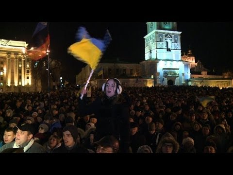Ukraine protest continues despite police crackdown