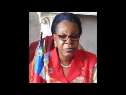 RCA : La Présidente Catherine Samba Panza au micro de Nicolas Pinault (La Voix de l'Amérique)