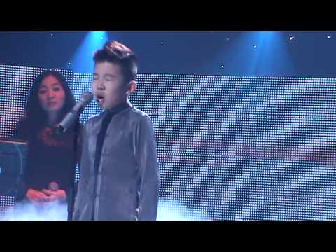 [FANCAM] Hồ trên núi - Trần Ngọc Duy The Voice Kids live show 4 24/8/2013