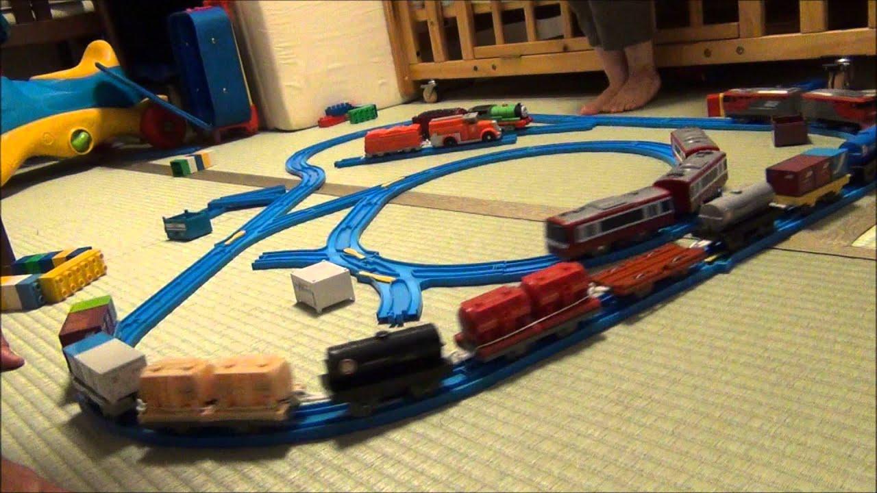 toy train videos for children adens third birthday toy train set running youtube. Black Bedroom Furniture Sets. Home Design Ideas