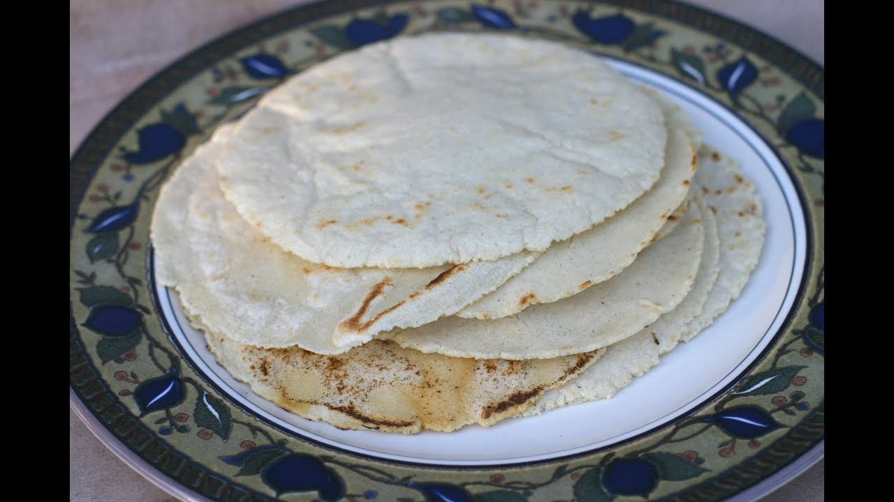 How To Make Homemade Corn Tortillas - It's An Easy And Delicious ...