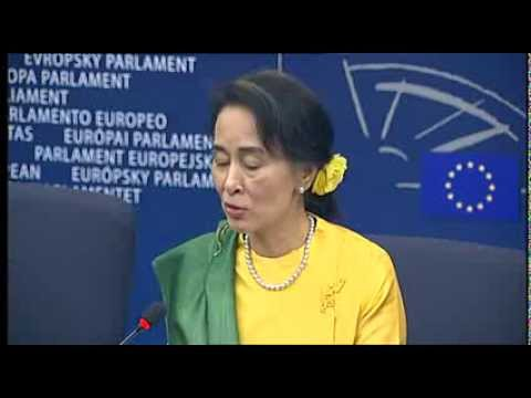 Aung San Suu Kyi collects Sakharov prize