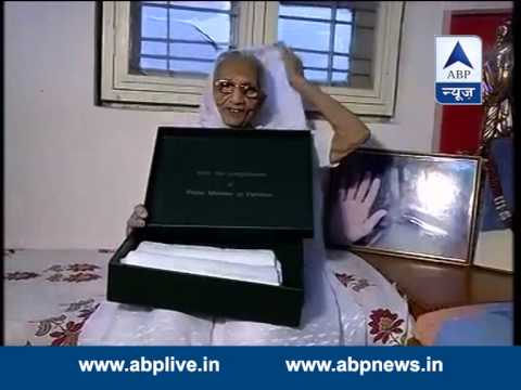 Narendra Modi's mother Hira Ba receives saree sent by Pak PM Nawaz Sharif