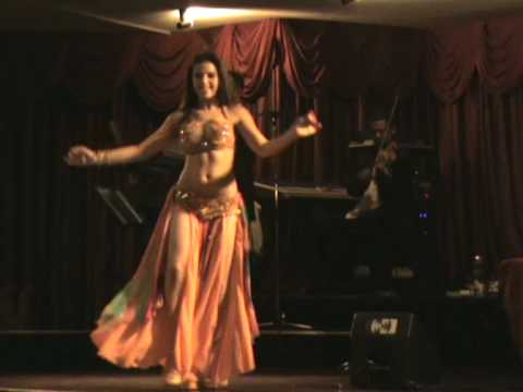 BRAZILIAN BELLY DANCER JACQUELINE BRAGA