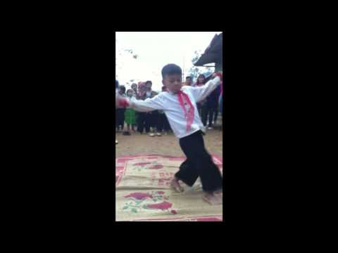 học sinh dân tộc nhảy hiphop | đơn giản nhưng chứa đầy tình cảm