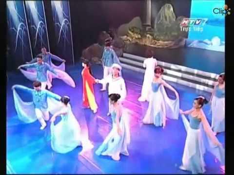 Gần lắm trường sa Thanh Thúy & nhóm múa bình minh (Biển hát)