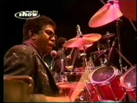 Milton Nascimento - Bola de Meia Bola de Gude ao vivo 1990