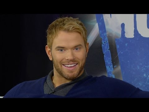 Kellan Lutz on Wearing Skirts for THE LEGEND OF HERCULES