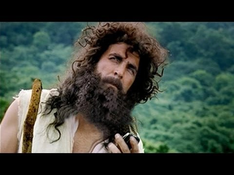 First Look: Akshay Kumar's Rugged Look In Gabbar