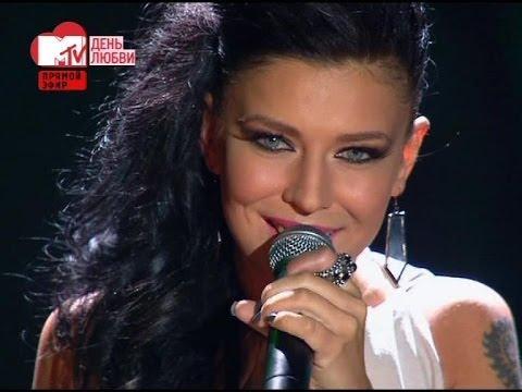 Смотреть клип Елка - Около тебя (live)