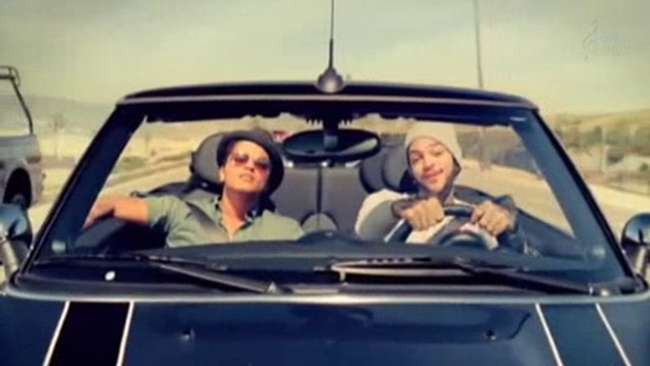 Travie McCoy: Billionaire ft. Bruno Mars [OFFICIAL VIDEO] - YouTube