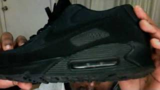 Nike Air Max 90 IS THE MOST COMFORTABLE SHOE EVER!! ALL