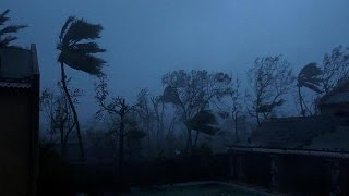 بالفيديو.. اعصار ماتيو يضرب هايتي واستعدادات في ولايتي فلوريدا وكارولاينا الشمالية تحسبا للاعصار |